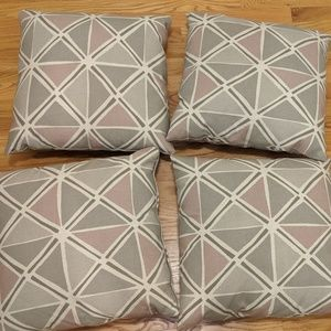 Other - BRAND NEW decorative pillows w/ cases